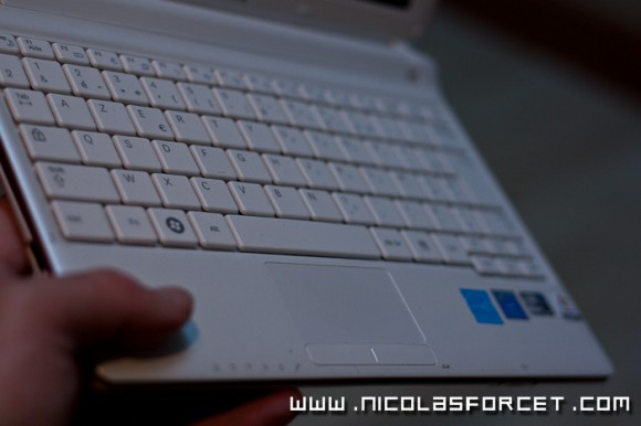 Review-Test-Netbook-Samsung-N145-Plus