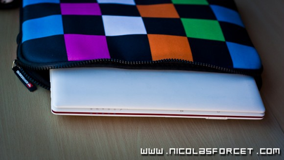 Avis-Test-photos-Housse-Netbook-macbook-quicksilver-proporta