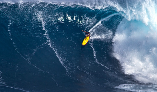 DANILO-COUTO-PADDLING-JAWS-HAWAII