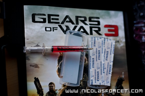 Gears-Of-War-3-Survival-Kit-Beta-Press-Malette-Xbox360-X360 (4)