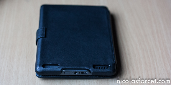 Comparatif-test-Housse-Cuir-Kindle-Touch-Noreve (6)