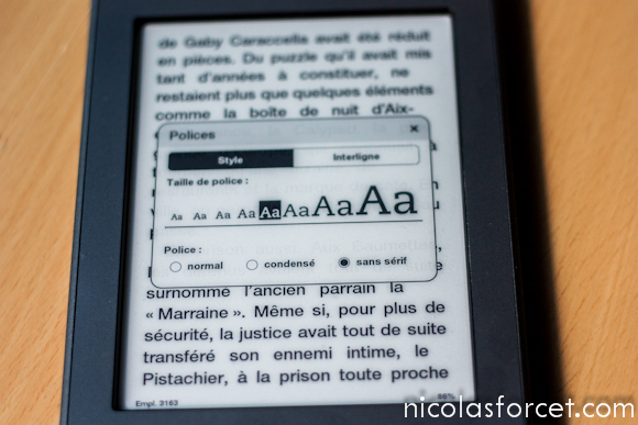 Test-Avis-Review-Kindle-Touch-Amazon-Liseuse-eInk-police