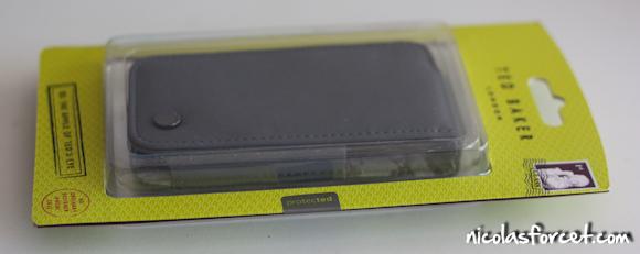 Housse-Proporta-iPhone4 (2)