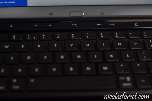 Test-Clavier-Bluetooth-QWERTY-Tablette (4)